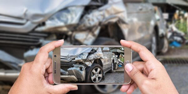 what to do after a car accident checklis in texas taking pictures car